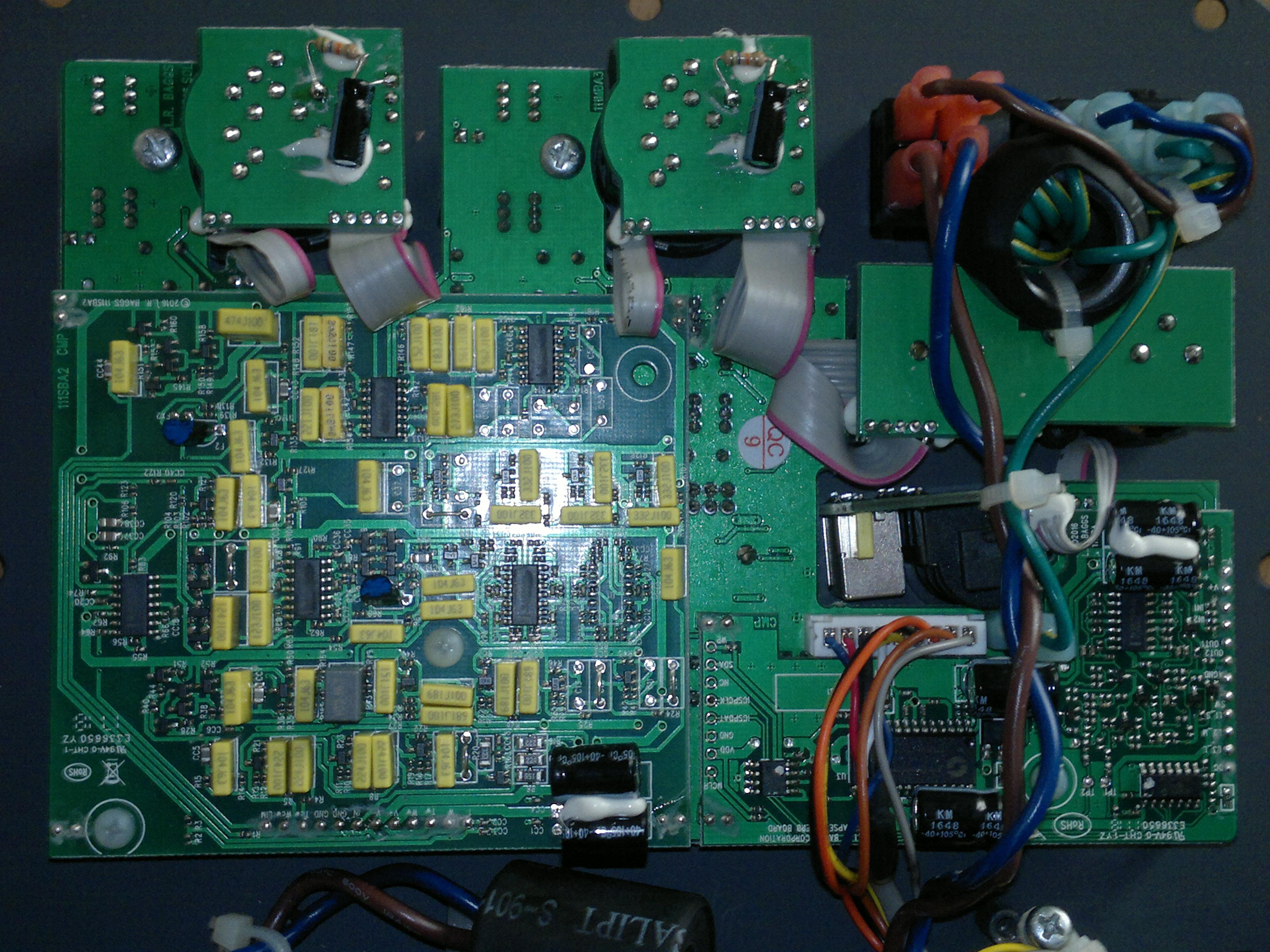 Tecnici elettronici e liutai bravi ed onesti