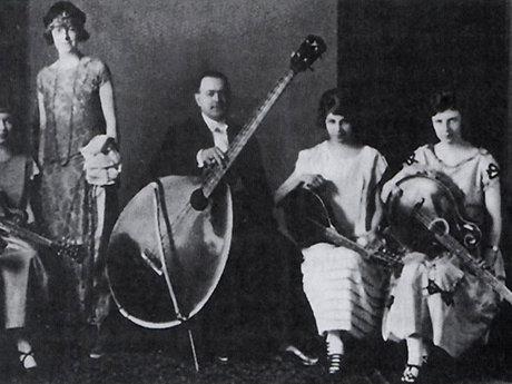 La nascita del Basso Elettrico (1920-1936)