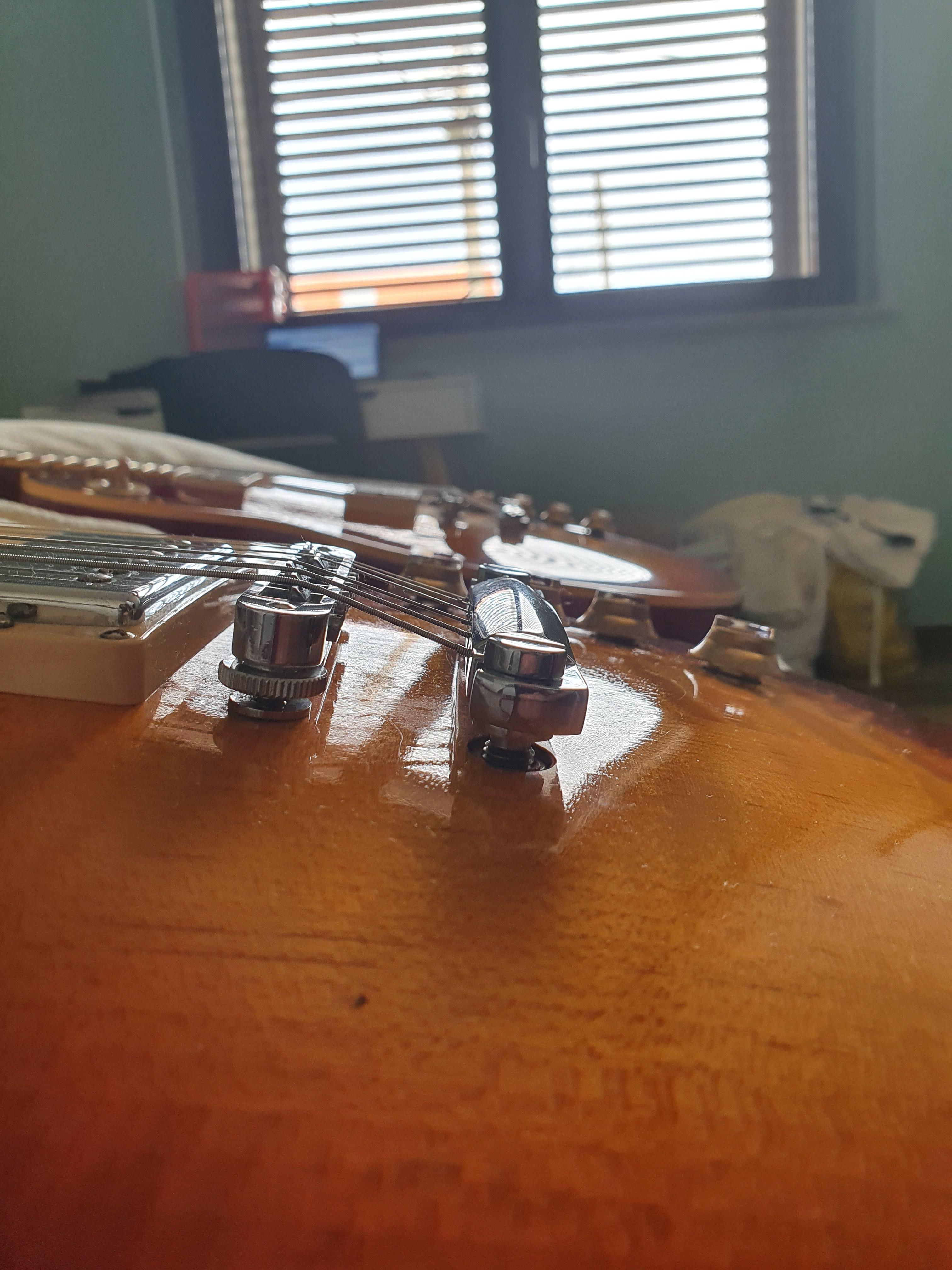 Suonabilità Gibson Les Paul R8 Vs Traditional