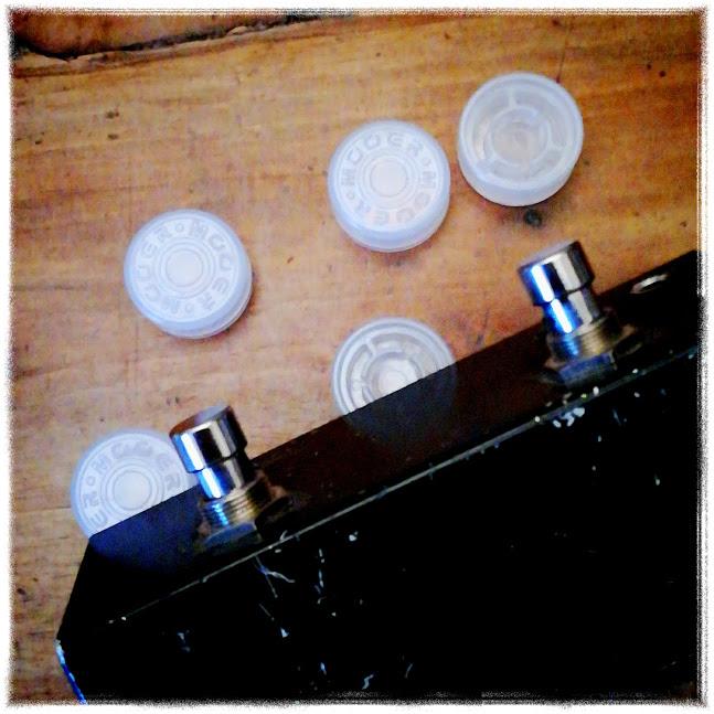 Topper, ovvero bottoncioni per pedali