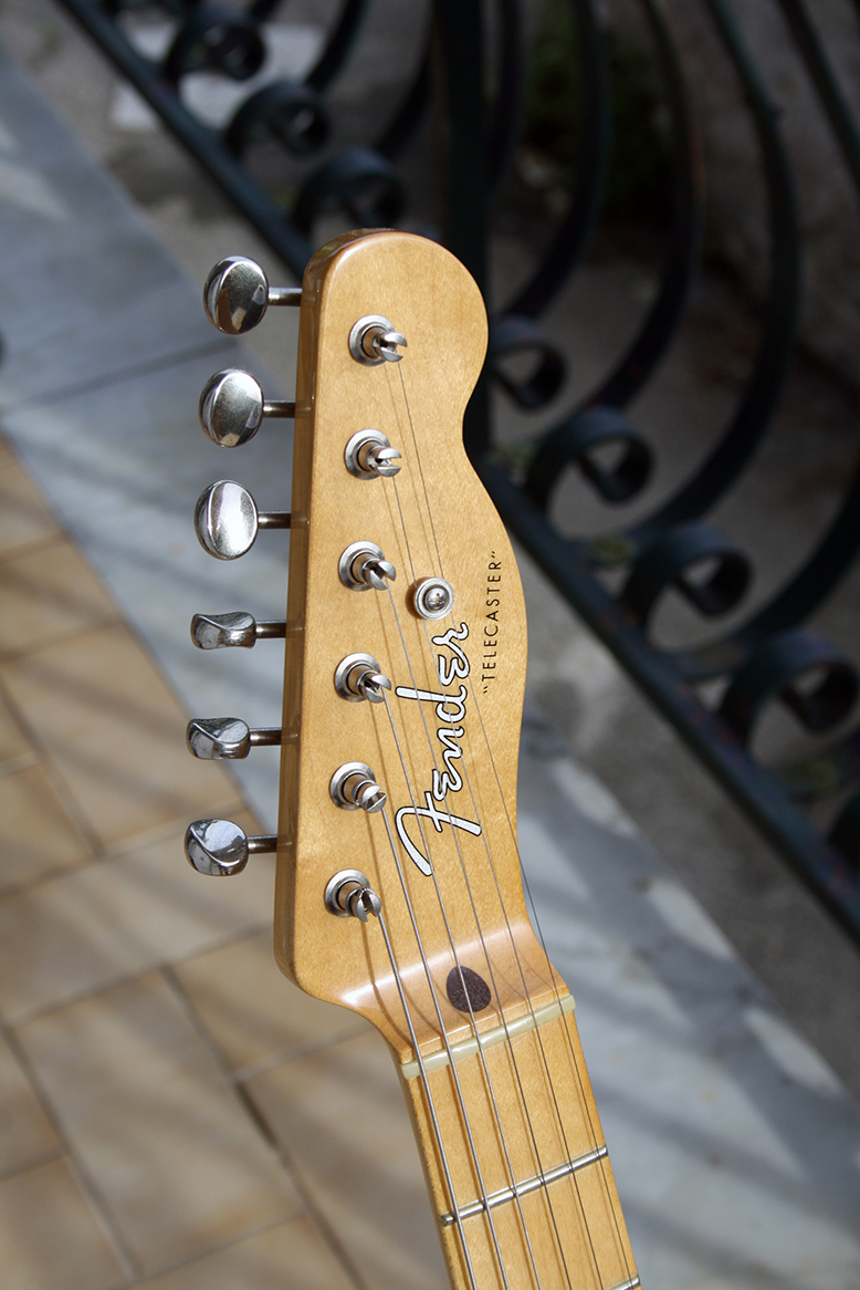 Strumento 2: Fender Baja Telecaster 50's