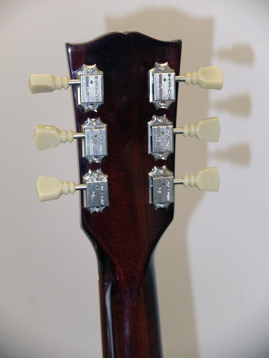 Strumento 12: Gibson SG Standard Aged Cherry LTD