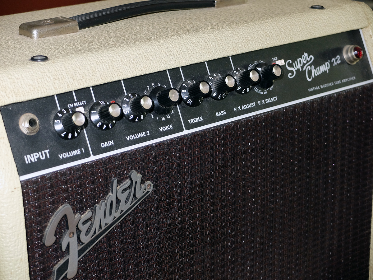 Amplificatore 3: Fender Super Champ X2