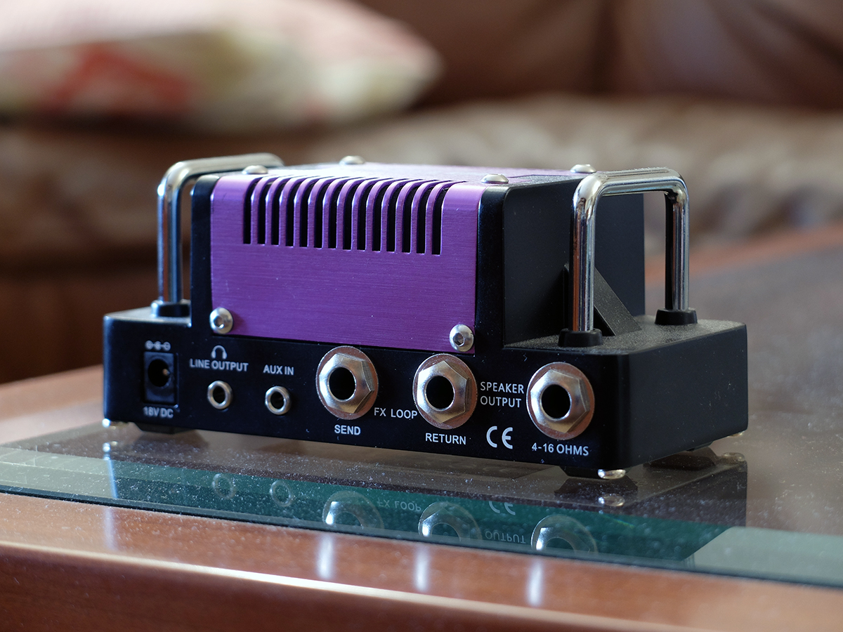 Amplificatore 1: Hotone Nano Legacy Purple Wind