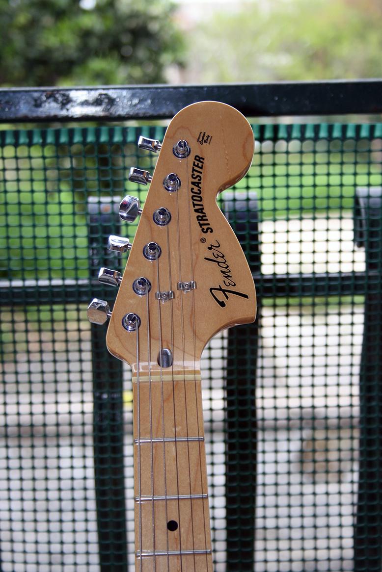Strumento 5: Fender Stratocaster Classic 70's