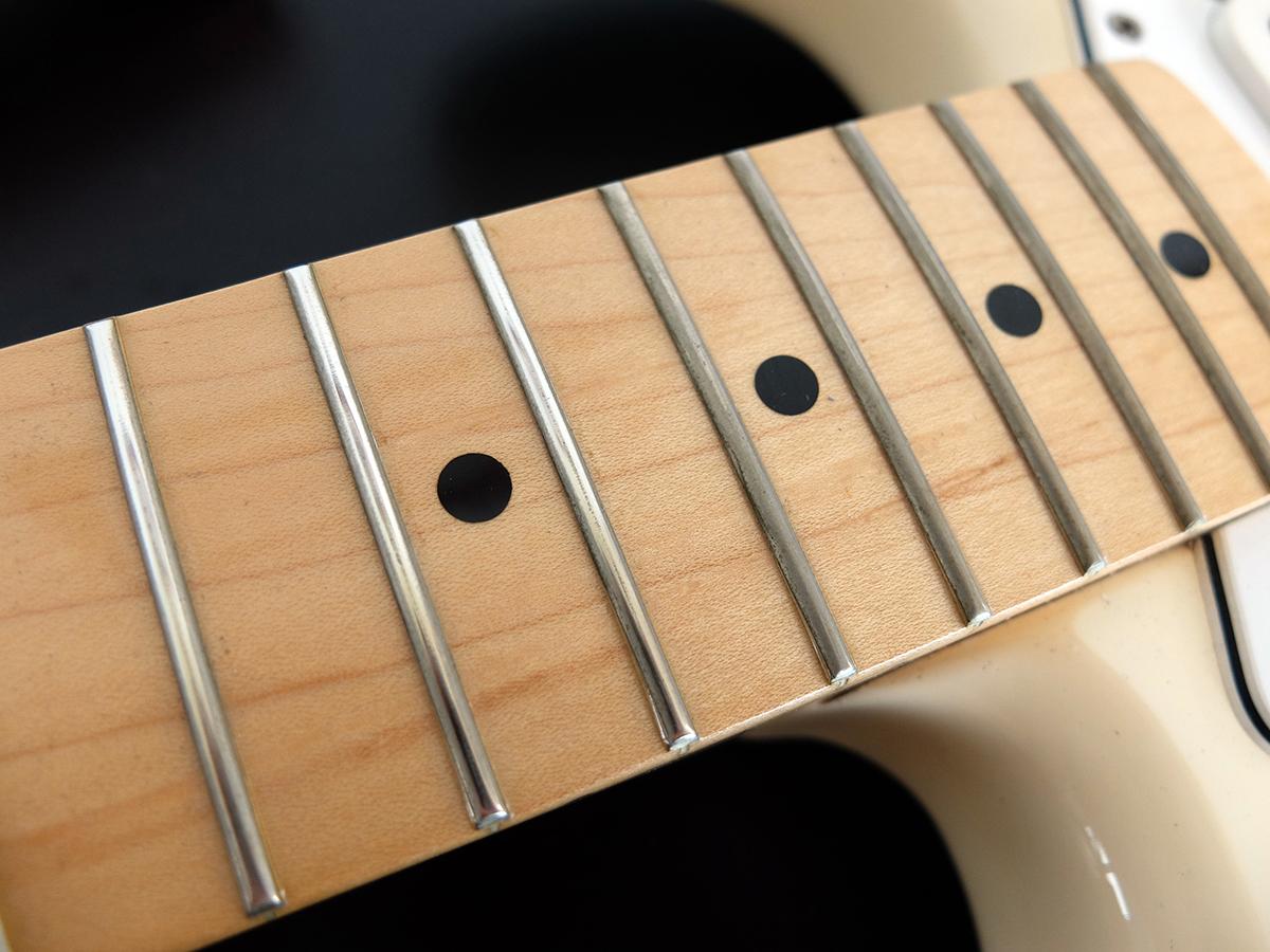 Stamattina mi sono dedicato ad una Stratocaster