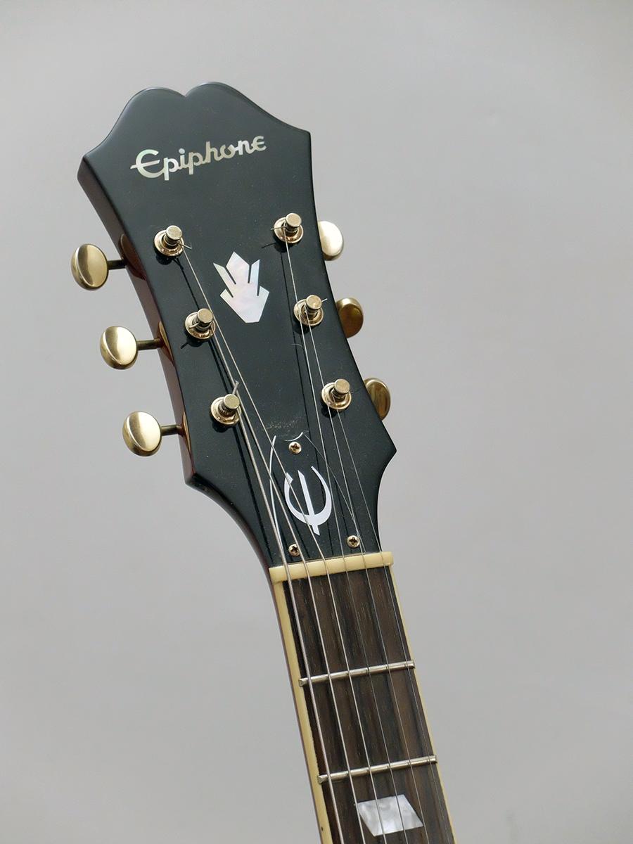 Strumento 7: Epiphone Riviera Custom P93