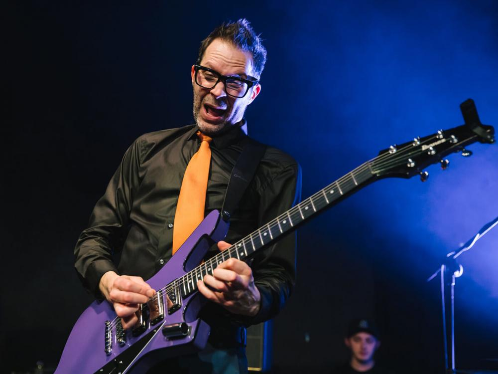 Paul Gilbert: Triadi tra Rock e Musica Classica