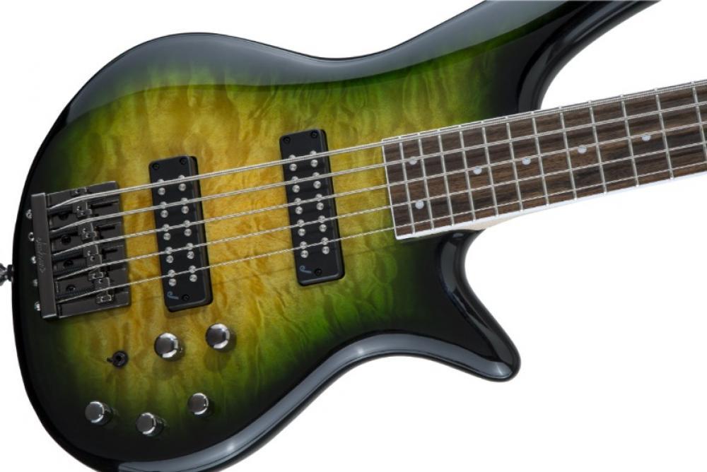 Jackson Spectra Bass JS3QV: grinta e modernità