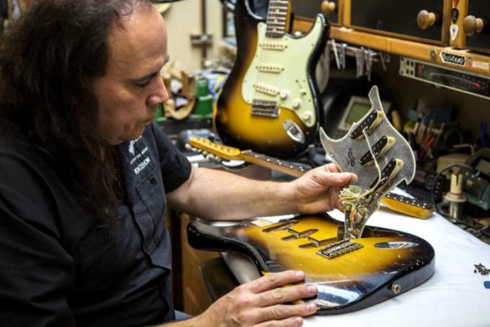 John Cruz a Milano con il Fender Custom Shop Roadshow