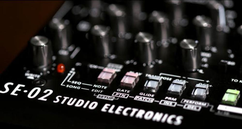 Roland SE02: creare un suono synth analogico