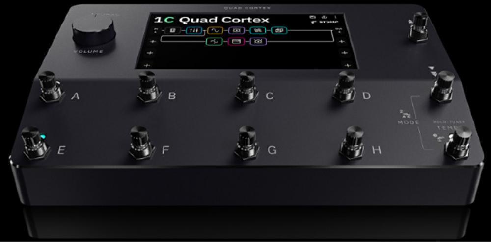 Ascolta Quad Cortex: la pedalboard più potente del pianeta