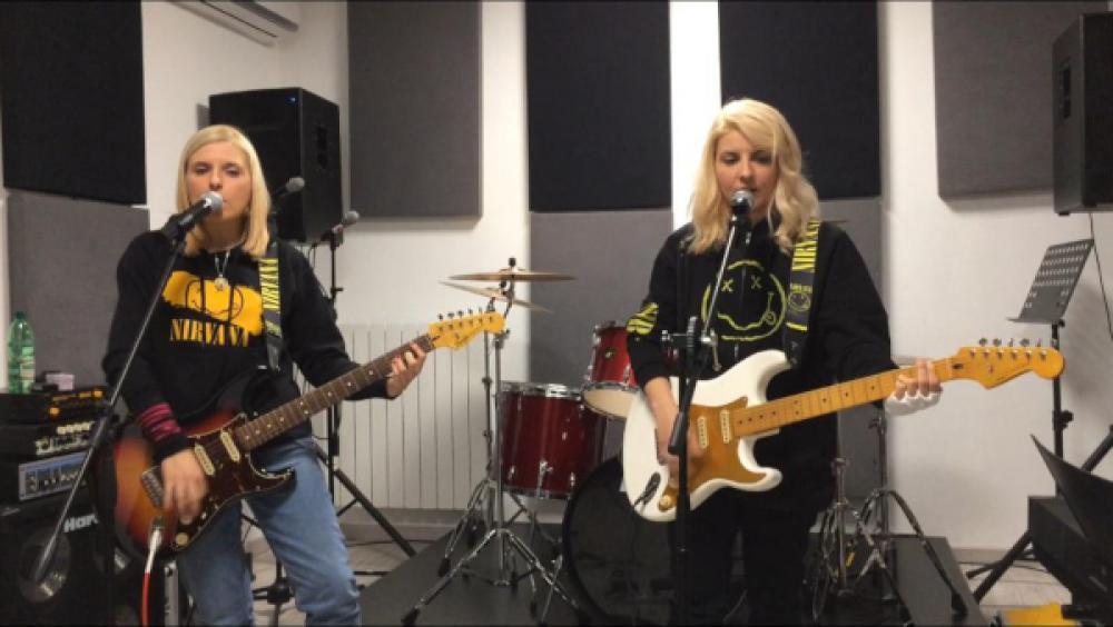 L'arte rock delle sorelle Angelica e Brigida Negretti