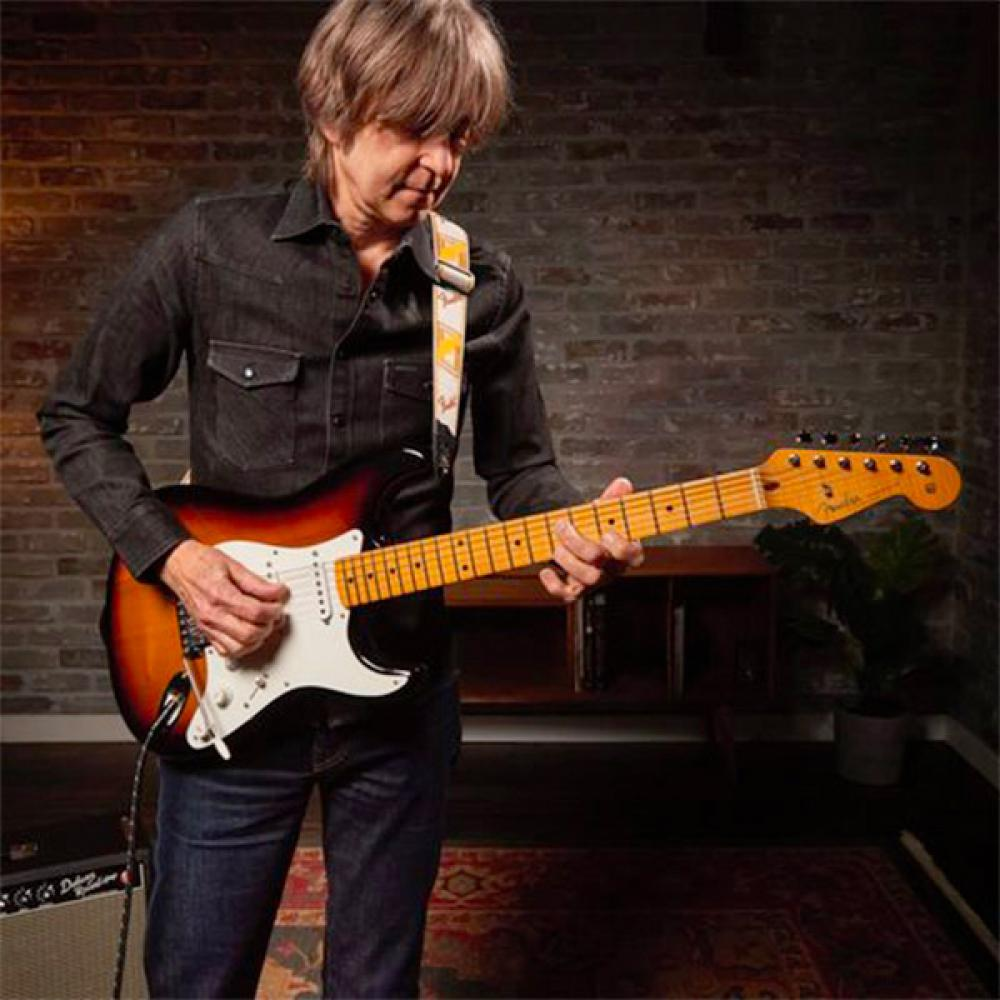 Virginia: Fender replica la Strat in sassofrasso di Eric Johnson