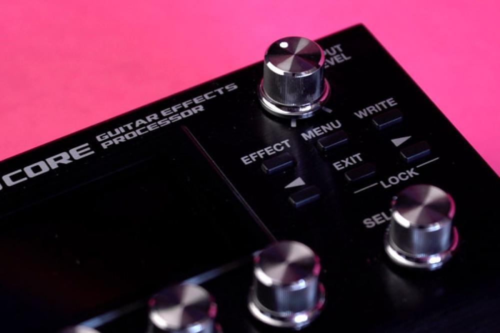 Boss GT-1000 Core: grande la metà, potente uguale