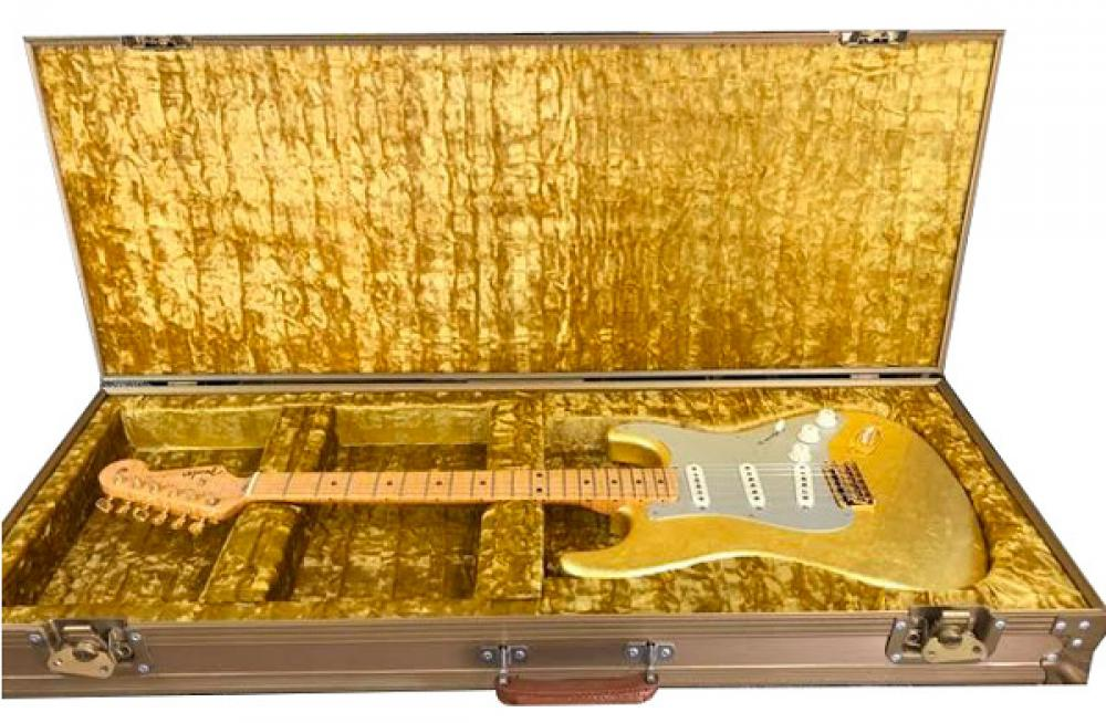 La Gold-Leaf Strat di Prince all'asta