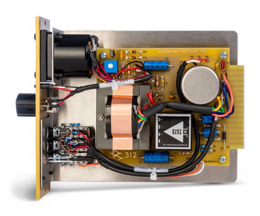 312: il preamp lunchbox di API