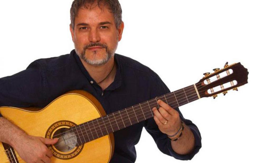 Gabriele Curciotti: ha senso che la chitarra sia un argomento main stream?