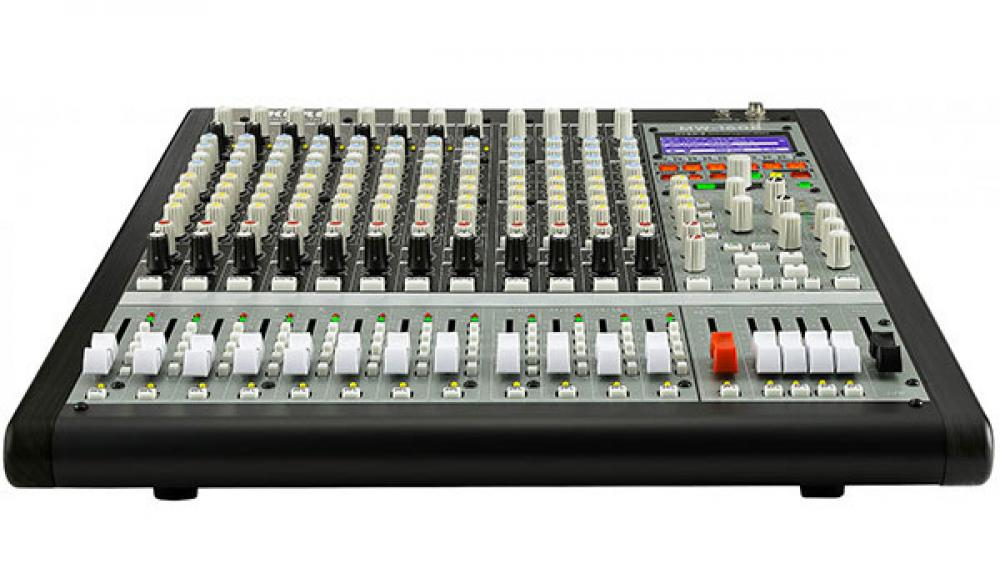 Soundlink: le console ibride Korg