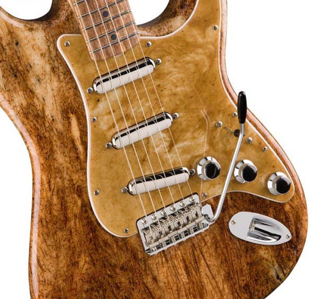 Fender con Jose Cuervo per la prima Strat in agave