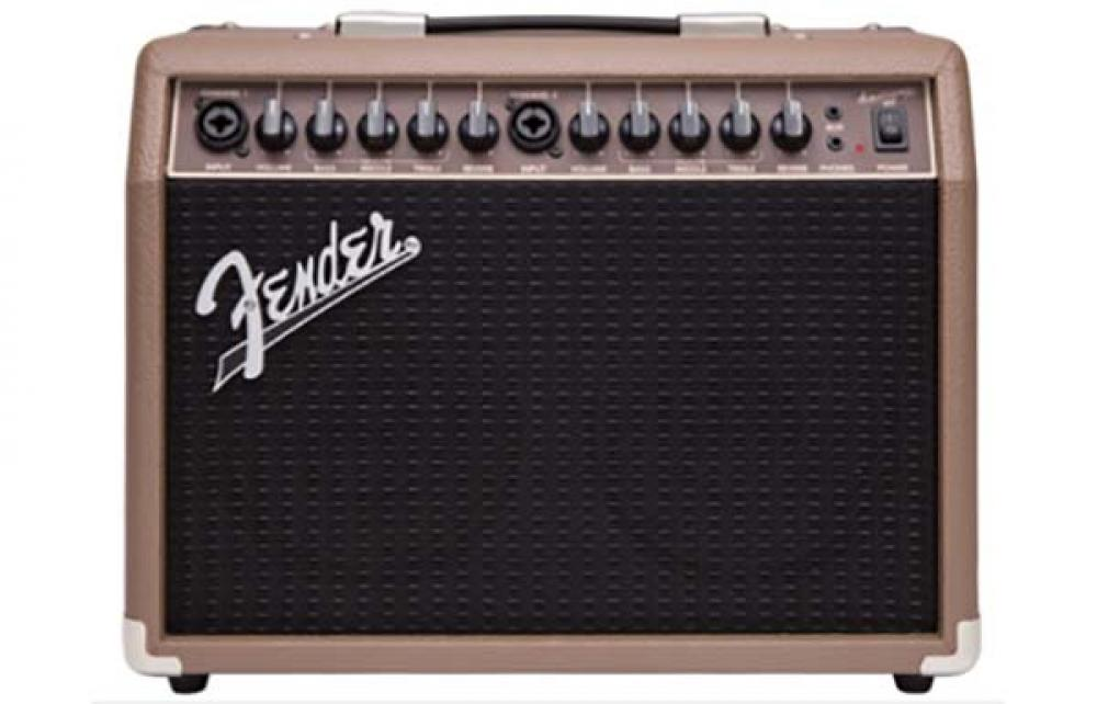 Fender nel 2017 tra Acoustic e Acoustasonic