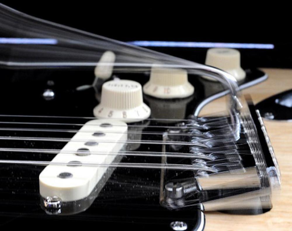 Le corde a tensione fissa che potrebbero rivoluzionare la chitarra