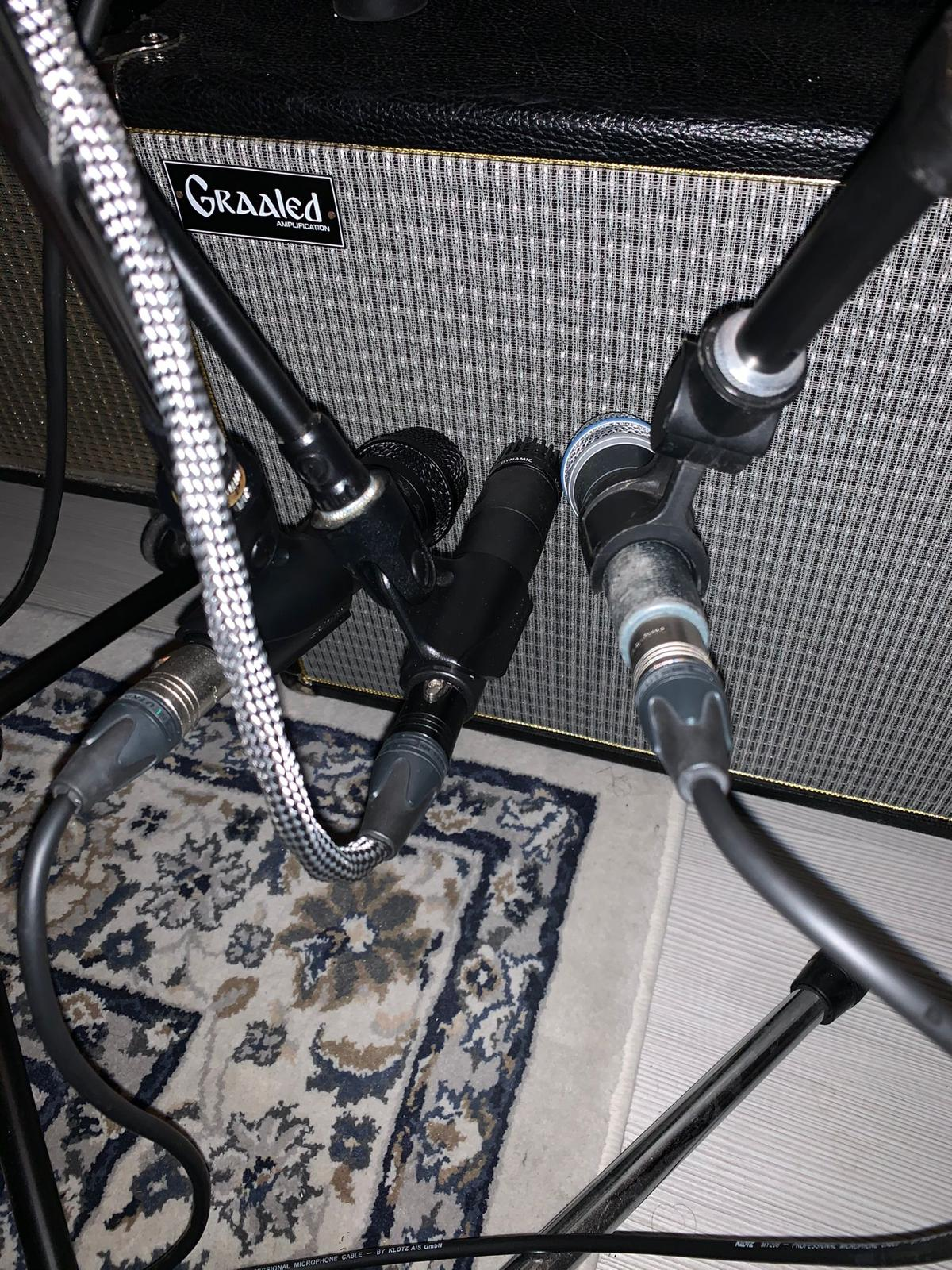Microfonare la chitarra a tutti i costi!