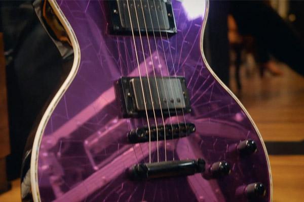 Violenza e stile firmati Marty Friedman: in prova la Jackson MF-1 Purple Mirror