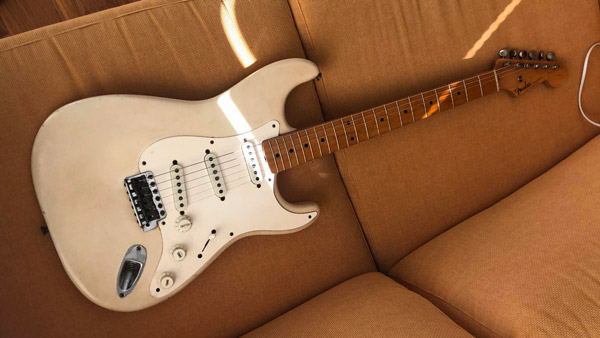 Jazz Bass del 1960 e Stratocaster del 1959: come cambia il Sunburst? Il restauro Tone Team