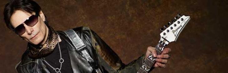 Quattro chiacchiere con l'Alieno: intervista a Steve Vai