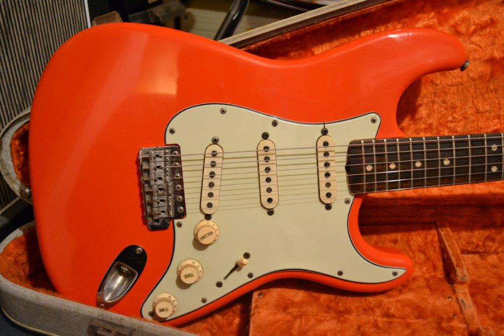 Fender Stratocaster 1964 Fiesta Red Replica