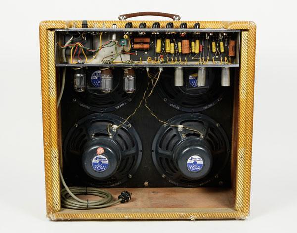 Storia degli amplificatori Fender