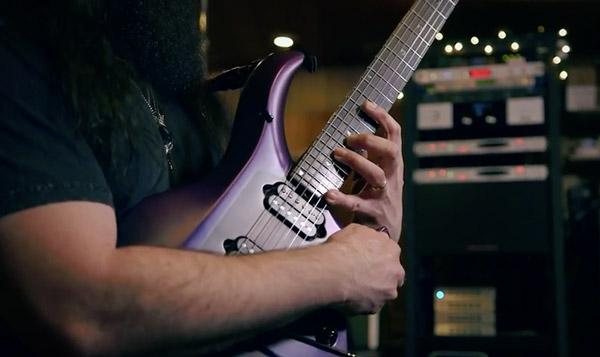 John Petrucci testa la Majesty