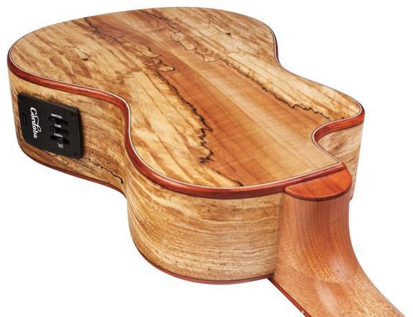 Come cambia il suono in ukulele di grandezze diverse: ci pensa Cordoba