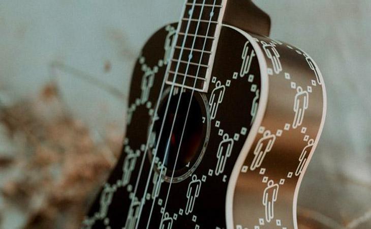 Un ukulele celebra le origini di Billie Eilish