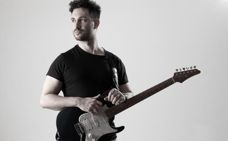 Ignazio Di Salvo: chitarrista e oggi anche cantante