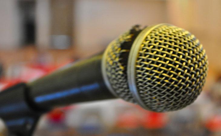 5 ragioni per comprarsi un microfono personale
