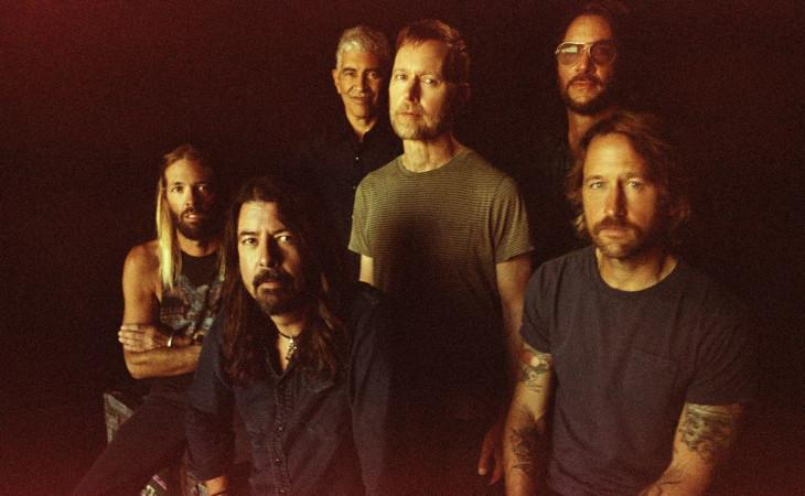 I Foo Fighters sabato in concerto streaming dal Roxy di Hollywood