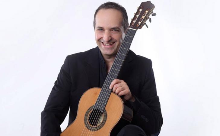 Dario Giordano e le chitarre classiche orchestrali