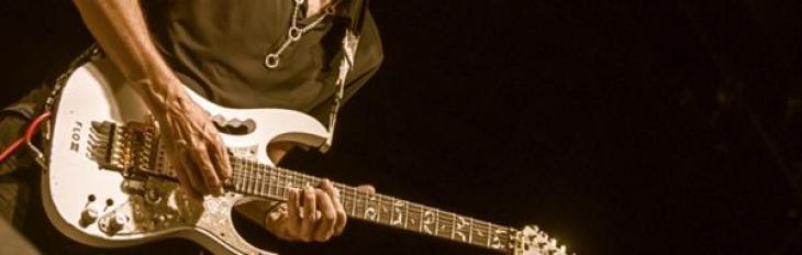 """Steve Vai """"Alien Guitar Secrets"""": qualche riflessione"""
