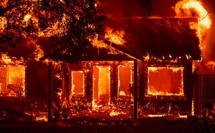 In fiamme la casa e il laboratorio di Wayne Charvel