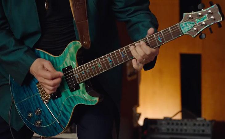 Impara a suonare e a tenere il palco con Carlos Santana