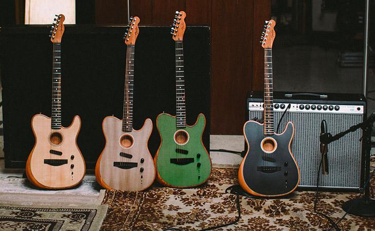 Ascolta la Fender Telecaster Acoustasonic