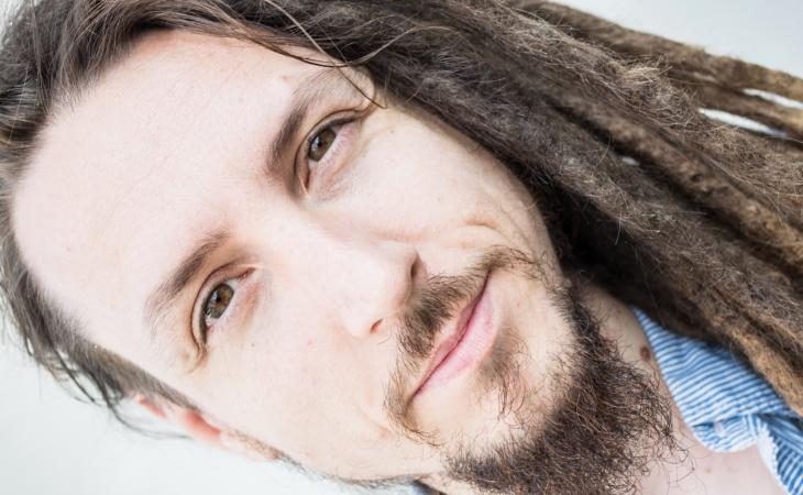 Federico Paulovich: la musica è divertimento, riflessione e leggerezza