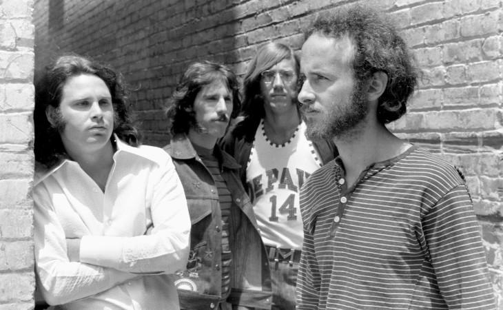 The Ritual Begins At Sundown il nuovo album di Robby Krieger
