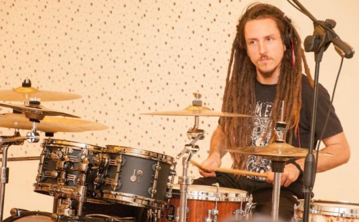 Federico Paulovich alla batteria nel nuovo pezzo di Devin Townsend