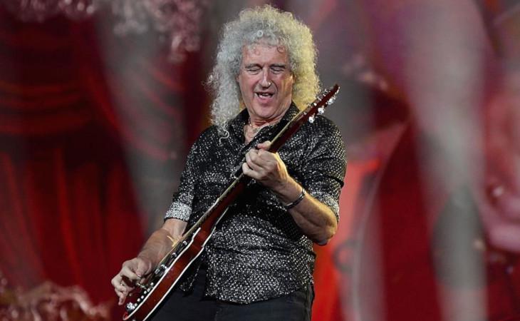 Brian May insegna ai fan a suonare l'assolo di Bohemian Rhapsody