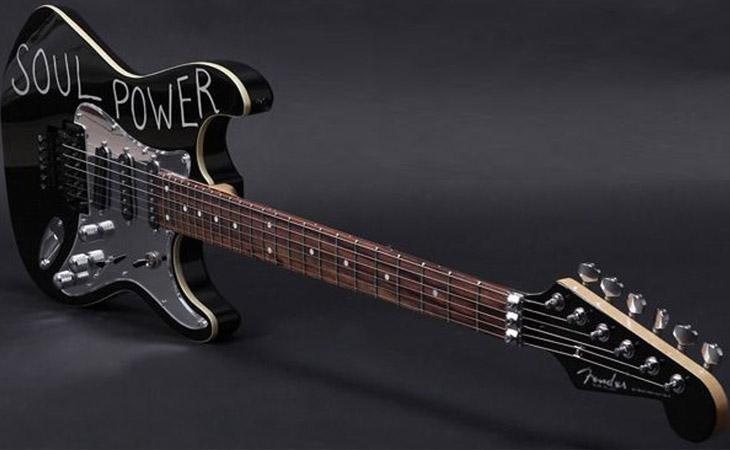 Soul Power: dentro e fuori la Strat Aerodyne che ha cambiato il volto del rock
