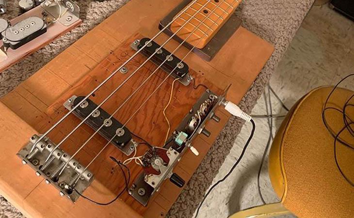 Ecco l'asse prova-pickup di Leo Fender