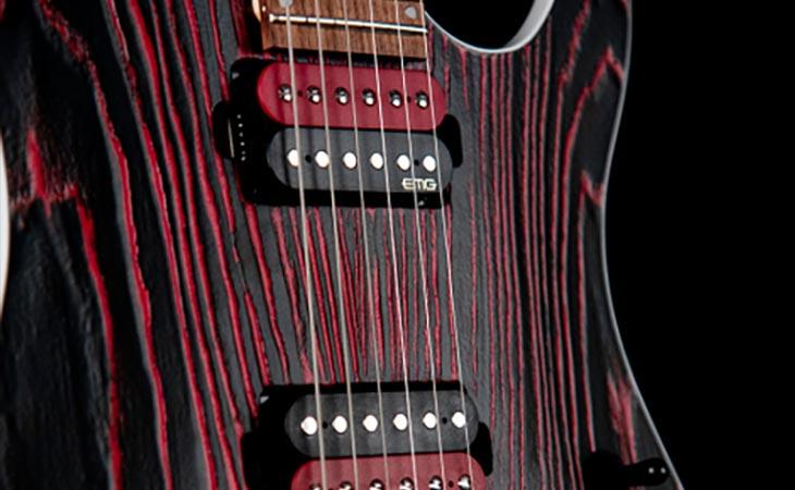 KX300 Etched: in video la super-Strat Cort in frassino